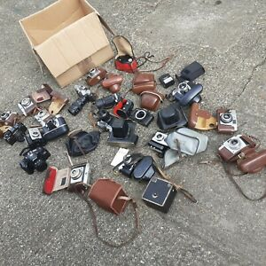18 miscellaneous vintage cameras in box/spares/repair 16 kg