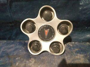 2000 - 2005 Pontiac Grand Am wheel center cap part  number 9593816 bl