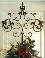 Victorian Trading Co Spencerian Scroll Script Wreath Hanger