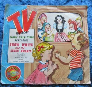 Thick Red Vintage 45  Snow White TV Musical Children's Record 1952