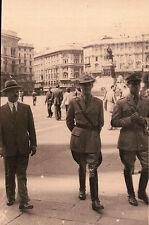 FOTO MILITARI REGIO ESERCITO SECONDA GUERRA MONDIALE IN PIAZZA   1-214