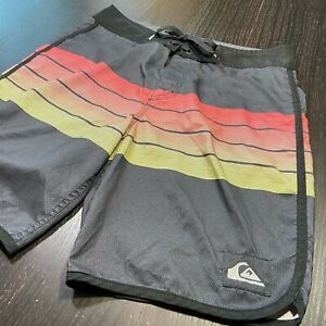 Quiksilver Brand Mens Board Shorts Size 29 Surfing Swimming Trunks quicksilver