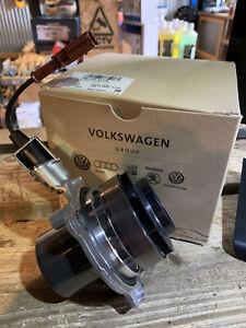 Genuine VW VAG OEM Golf MK7 TDi Passat Touran Diesel Water Pump 04L 121 011 N