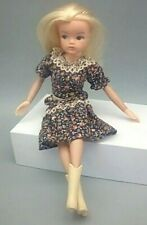 Vint. POSEABLE SINDY Fashion DOLL with Original Dress 2nd Gen 1077 Pretty!