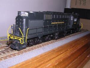B.L.I. #2431  Pennsylvania Alco RSD-15 Diesel Loco #8615 w/DCC & Sound