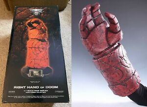 2004 Hellboy 1:1 Right Hand of Doom Life Size Prop Replica Sideshow Collectibles