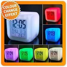 Magischer LED Wecker Alarm Würfel mit leuchtender Cube Uhr mit LEDs Farbwechsel