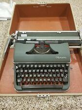 Olympia typewriter deluxe