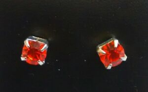 0.4cm Red Square Diamante Silver Plated Stud Earrings