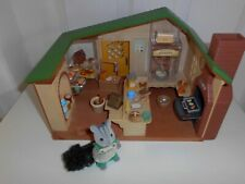 SYLVANIAN FAMILIES WATERMILL BAKERY WITH BAKER FIGURE AND ACCESSORIES GC