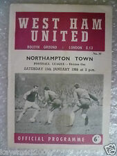 1966 League Division 1- WEST HAM UNITED v NORTHAMPTON TOWN,15 Jan (Bobby Moore)