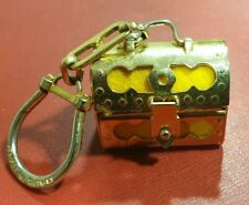 Coffre dé à coudre Porte-clés Lord Pateni, Italie, feutrine jaune, 3 x 2 cm