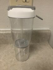 New listing Pampered Chef Water Fruit Infusion Bottle 22 Oz Leak Proof Infuser