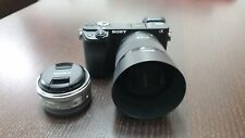 Sony α 6400 24,2 Mpx Fotocamera Mirrorless con Obiettivi Sony16 mm E Sony 50mm
