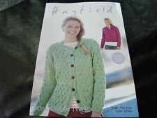 HAYFIELD BONUS ARAN KNITTING PATTERN 8102 81/86 - 132/137 CMS