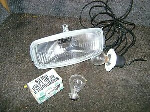 NEW VINTAGE UNIVERSAL SNOWMOBILE HEADLIGHT LIGHT 12 VOLT W/ BULB JOHN DEERE SKI