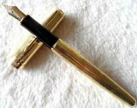 Perfect Parker Pen Sonnet Series Golden Star 0.5mm Medium Nib Fountain Pen