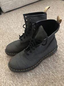 Dr Martens Vegan Castel Boots Womens Size 7