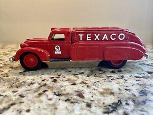 ERTL Texaco 1939 Dodge Airflow Tanker Truck Bank 1993 #10 1:32