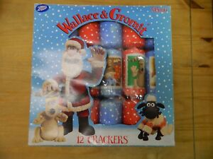 Vintage  Boots  WALLACE & GROMIT  12 Christmas  Crackers 1989  Boxed