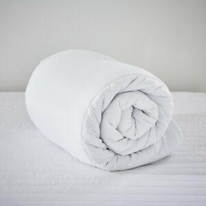 Duvet Luxury 4.5 Tog Hollowfibre Summer Soft Touch Quilt Cool Light weight Quilt