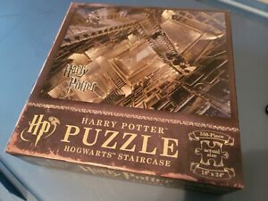 """Harry Potter Hogwarts Staircase 550 Piece Puzzle 18"""" x  24"""" USAopoly"""