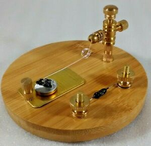 Wood Base Carborundum Crystal Radio Diode Detector Stand Brass and Bias Diode