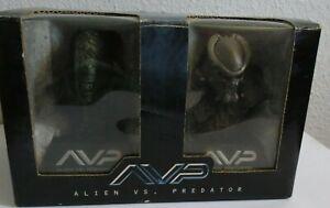 Alien vs Predator AVP Bust - 24650 of 25,000 F-D01