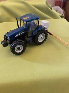 Britains Farm Crop Sprayer And New Holland Tractor Vintage Model 1/32