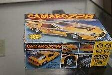 MPC 1-0747 CAMARO Z-28 Model Kit 1:25 Scale open kit CHEVY CAMARO Z-28 Chevrolet