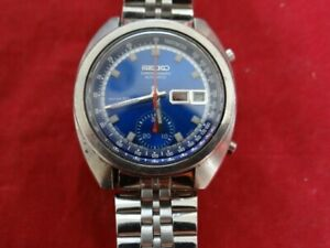 Fine Vintage Seiko 6139-6012 Chronograph Automatic Blue Dial Watch