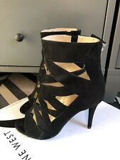 Nine West Delfinia Black Suede Cut Out High Heels Shoes Size 5 Worn Once