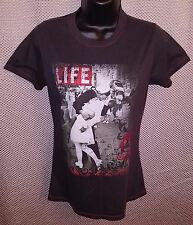 V-J Day In Times Square Life Magazine Cover Gray T-Shirt EUC - Juniors Large