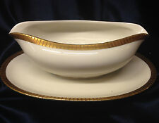 KPM KRISTER GERMANY 417 GRAVY BOAT & UNDER PLATE GOLD ETCHED LINES ON GOLD BAND