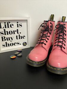 DR MARTENS Womens 1460W LACE-UP COMBAT BOOTS Size 9 PINK PATENT LEATHER AirWair