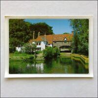 Pulls Ferry Norwich Postcard (P397)