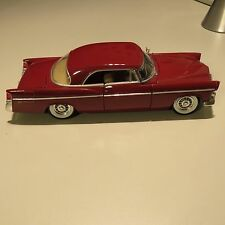 CHRYSLER 300B 1956 MAISTO 1:18 SCALE DIE CAST