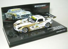 Mercedes-Benz SLS AMG GT3 N° 32 ADAC GT Master 2011