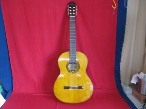 Yamaha klassische Konzert- Gitarre G 230, 70er Jahre mit Tasche