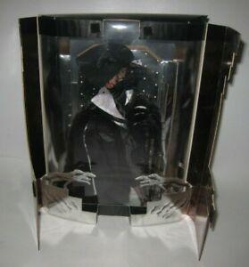 1996 Mattel Cruella DeVil Power in Pinstripes Doll 16295 MIB #H10