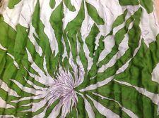 Darling Harbour Crinkle Schal Tuch mit Fransen Blumen grün