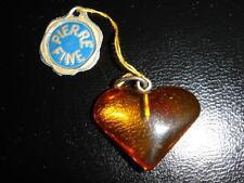 PENDENTIF COEUR EN AMBRE VERITABLE VINTAGE 70 NEUF 1.7 X 2.1 CM /AMBER HEART