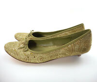 Nine & Co Women's Sz 9 M Low Heel Shoes Sage Green Jacquard Floral Jeweled Toe