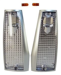 84-96 CHEROKEE COMANCHE WO/DUAL HEADLIGHTS LEFT AND RIGHT CLEAR MARKER LIGHT KIT