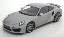 Porsche 911 991 GT3 rot schwarze Felgen limitiert Minichamps Modellauto 1:18