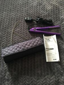 CHI Smart titanium Hair Straightener With Travel Case Purse. Never Used!