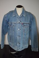 Levis relaxed trucker jacket, XL NICE CONDITION 70507-0389