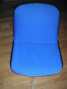 2  Roundhill  Swivel Chairs with Blue Seat