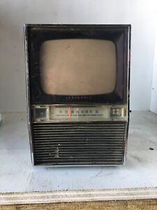 Vintage Panasonic Transistor TV TR-315B