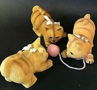 TABBY CATS FIGURINES VINTAGE SET OF 3 GINGER CATS STRIPES YELLOW PLAYING KITTENS
